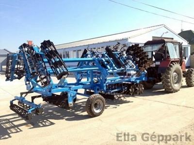 3,9m vontatott, hidraulikusan felcsukható